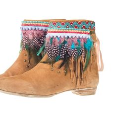 Cool these feather accessoires for your Ibiza boots - bootbelts By Gotta-haves