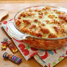 Vegetarian pasta bake (with cannellini beans, capsicum, carrot, corn & more!