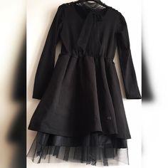 72c3ce66335f NOVINKA kvalitnékrásne čierne šaty s prišitým tylovým náhrdelníkom ktorý si  uviazeš podľa svojho gusta ako ďalší
