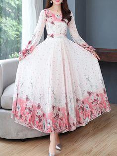 V-Neck Floral Printed Maxi Dress Stylish Dresses For Girls, Stylish Dress Designs, Sweet 16 Dresses, Modest Dresses, Simple Dresses, Pretty Dresses, Beautiful Dresses, Casual Dresses, Frock Fashion