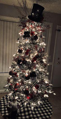 Best Christmas Tree Decorations, Beautiful Christmas Trees, Christmas Centerpieces, Holiday Tree, Christmas Tree Toppers, Holiday Decor, Noel Christmas, Christmas Ideas, Christmas Wreaths