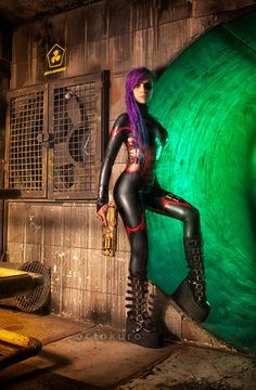 space pirate, postapocalyptic girl with gun, girl with dreads, latex catsuit, octokuro, andromeda latex, dreadlocks