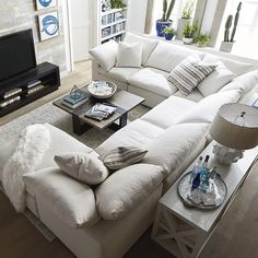 Small Living Room Remodel Design Ideas On A Budget - home design Living Room White, White Rooms, Living Room Colors, Small Living Rooms, New Living Room, Living Room Modern, Living Room Designs, Living Room Decor, Living Area
