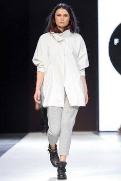 s p r i n g - s u m m e r 2 0 1 5  b a s i c  fashion show basic