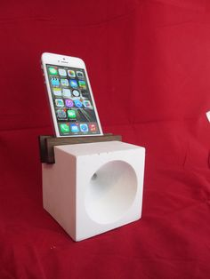 Weiteres - iPhone Beton Dock - ein Designerstück von Apfelschale bei DaWanda