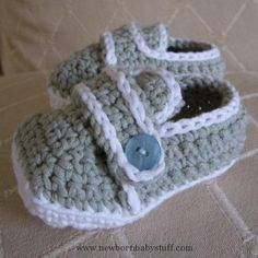 Crochet Baby Booties Sporty-Casual Baby Shoes Crochet Pattern PDF....