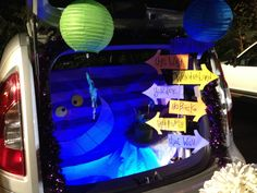 trunk or treat alice in wonderland | Our trunk or treat for 2012 | Halloween | Pinterest