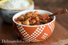 Quick and easy chickpea curry Easy Chickpea Curry, Clarified Butter, Vegetable Stock, Fast Recipes, Coriander, Chana Masala, Cilantro, Indian Food Recipes, Spices