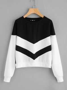 Shop Two Tone Chevron Pullover online. SheIn offers Two Tone Chevron Pullover & . - Shop Two Tone Chevron Pullover online. SheIn offers Two Tone Chevron Pullover & more to fit your fashionable needs. Source by mckennaanderl - Cute Sweatshirts, Hooded Sweatshirts, Hoodies, Outfit Stile, Teen Fashion, Fashion Outfits, Fashion Black, Fast Fashion, Fashion Women