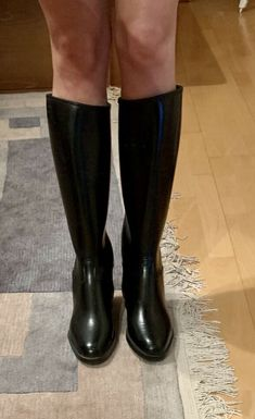 Leather Riding Boots, Tall Boots, Black Rubber, Fashion Bloggers, Rubber Rain Boots, Porn, Shoes, Natural Rubber, Riding Boots