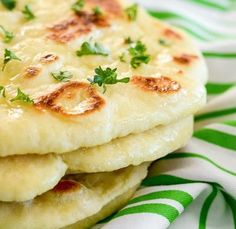 HOMEMADE NAAN BREAD I cherish making natively constructed bread, and obviously my entire family adores eating it. I'd had naan at cafés previously, and I don't h… Homemade Naan Bread, Recipes With Naan Bread, Best Dinner Recipes, Indian Food Recipes, Tortillas, Comida India, Naan Recipe, Indian Dishes, Indian Breads