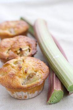 Recette de dessert léger : moelleux léger à la rhubarbe