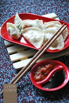 Homemade Chinese Dumplings. It will surprise you how easy they are! {RECIPE} - Chew Town Food Blog