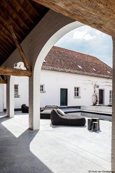 't Huis van Oordeghem Outdoor Project Design Furniture