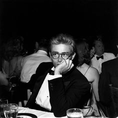 "b219b53226a7 thats-the-way-it-was  "" September Actor James Dean is killed in Cholame"