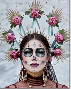 Every year I love attending Dia De Los Muertos Festival event. It's a place of peace and love…literally! 🖤 We celebrate food,… Looks Halloween, Halloween Inspo, Halloween Costumes, Halloween Stuff, Leopard Halloween, Skeleton Costumes, Halloween Spider, Halloween Skeletons, Halloween Makeup Sugar Skull
