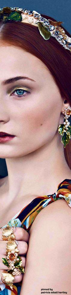 Sophie Turner - Vogue US - December 2013