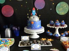 Frost Your Cake: Outer space party ideas