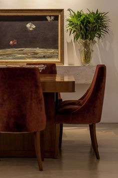Decoração de: Detalhes; quadro com moldura dourada; Casa de Valentina