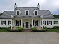 The Nashville Symphony Show House, built by Castle Homes, has a stunning Southern Contemporary Folk style exterior designed by Wade Weissmann. (Photo by awesome photog George Walker IV.)