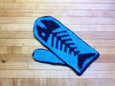 THAT'S RIGHT….THESE MITTENS REALLY ARE CROCHETED!!!….And you don't have to be an expert to be able to make them! Finally, you can crochet beautiful fair isle mittens that look like they've been made by a professional knitter.