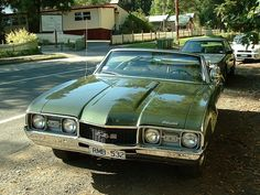 https://flic.kr/p/2KjzrZ | 1968 Oldsmobile 442 | A nice convertible example of the 442 seen in the Dandenong Ranges east of Melbourne, Australia.