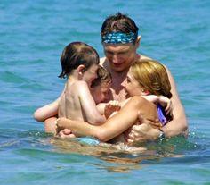 Liam neeson sons | Natasha Richardson & Liam Neeson, with sons Michael & Daniel