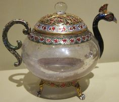 Teapot_in_the_form_of_a_peacock,_northern_India,_19th_century,_rock_crystal,_gold,_gemstones_and_enamel,_HAA.JPG (2172×1852)