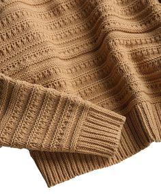 ドビーハイネックニット ロワン Sweater Knitting Patterns, Knitting Stitches, Knit Patterns, Knitted Swimsuit, Knit Fashion, Men's Fashion, Menswear, Burberry Men, Gucci Men