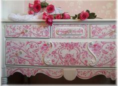 Royal Rococo Style