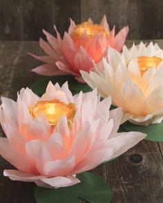 23 Trendy DIY Hochzeit Dekorationen Gold Papierblumen – Rebel Without Applause Diy Flowers, Paper Flowers, Wedding Flowers, Paper Peonies, Lotus Flowers, Flower Ideas, Real Flowers, Diy Paper, Paper Crafts