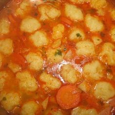 Alföldi gombócleves - Mindmegette.hu - Receptek Chana Masala, Cake Recipes, Food And Drink, Ethnic Recipes, Soups, Hungarian Recipes, Dump Cake Recipes, Soup, Soup Appetizers