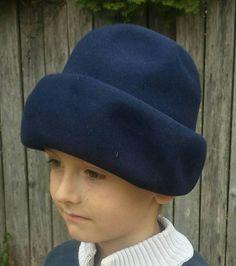 Etsy で見つけた素敵な商品はここからチェック: https://www.etsy.com/jp/listing/538640805/blue-bumper-hat-from-the-60svintage