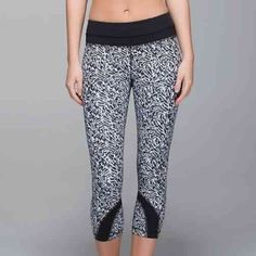 "Lululemon run:inspire crop II mini brushed animal black white/black designed for: run fabric(s): Full-On Luxtreme®, LYCRA® fit: tight rise: medium inseam: 21.5"" leg opening: 10.5"" Only worn once, great condition!! If you need more pictures feel free to let me know :) lululemon athletica Pants Leggings"
