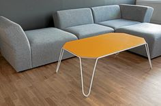 Vend salongbord er nettopp vendbart, av Erik Matzow Coffe Table, Chair, Furniture, Design, Home Decor, Decoration Home, Room Decor, Home Furnishings, Chairs