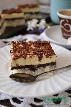 prajitura-cu-nuca-de-cocos-si-crema-de-vanilie-4