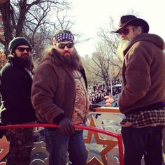 Duck Dynasty at Macy's Thanksgiving Day Parade