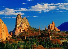 Top Tourist Attractions and Sights in Colorado:The most famous destination of visitors Colorado is the beautiful zone of amazing things, sightseeing and natural beauty to enjoy during family holiday trip. Tourist Attractions colorado