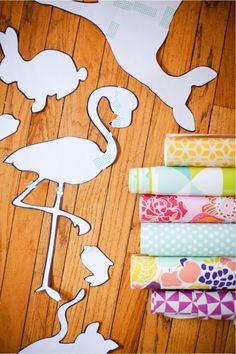 make giant animal wall stickers with removable wallpaper CAN FIND BETTER IMAGES BUT GREAT IDEA