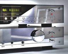 Burmester 101 Integrated Amplifier and 102 CD Player Valve Amplifier, Hi End, Home Tech, Hifi Stereo, High End Audio, Digital Audio, Audio Equipment, Audiophile, Cool Gadgets