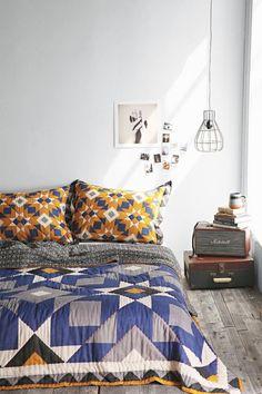 17. bed-on-floor