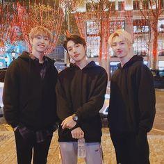 "Polubienia: 9,698, komentarze: 231 – M.O.N.T_official (@m.o.n.t_official) na Instagramie: ""[ #몬트 #MONT ]  드디어 저희의 유럽투어가 끝이났습니다!! 정말 따뜻하게 맞아준 유럽민트들 너무 고맙고 사랑합니다!♡ 그럼 이제 곧 한국에서봐요!!!! 한국간다아아앙♡♡"" Generation G, Hip Hop, Shinee Minho, Seventeen Woozi, Nct Dream Jaemin, Jaehyun Nct, Attractive People, First Girl, Asian Boys"