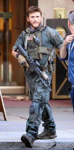 scott eastwood suicide squad | VJBrendan.com: Scott Eastwood Filming 'Suicide Squad' in Toronto