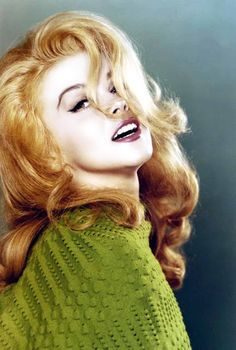 "Ann Margret Sweden born, this Golden Globe winning actress starred in such movies as Bye Bye Birdie, Stagecoach, and Viva Las Vegas. Hollywood gave her the infamous nickname ""Sex Kitten"". Vintage Hollywood, Hollywood Glamour, Hollywood Stars, Classic Hollywood, Beautiful Celebrities, Beautiful Actresses, Beautiful People, Elvis Presley, Ann Margret Photos"