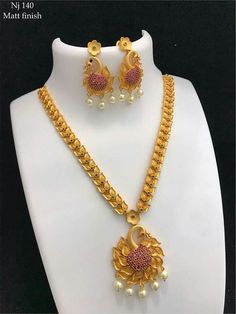 Where Sell Gold Jewelry Pearl Necklace Designs, Gold Earrings Designs, Gold Jewellery Design, Gold Necklace Simple, Gold Jewelry Simple, Beautiful Necklaces, Bridal Jewelry, Gold Fashion, Indian Fashion