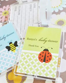 Baby Animal Acrylic Luggage Tags. http://www.bluerainbowdesign.com/WeddingFavorProduct.aspx?ProductID=PR090510179836JeKeloXimenaBRD96868=WEDDI=GROUP=WLUGG=pinterest
