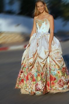 Michal Negrin Wedding Dress. Probably won't be wearing a dress like this if I ever got married but it's pretty cool!