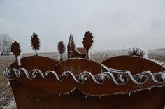 Winter op het monument aan de Konkelswei Oosterbierum.