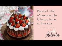 El mejor Pastel de Mousse de Chocolate y Fresas que jamás habrás probado. El toque del Chocolate Blanco con el Negro es una delicia acaramelada.