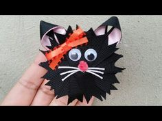 YouTube Halloween Bows, Halloween Crafts, Ribbon Crafts, Ribbon Bows, Ribbons, Holiday Hair Bows, Hand Embroidery Flowers, Ribbon Sculpture, Cat Cards